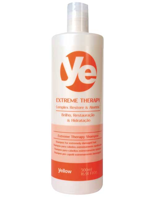 Shampoo Extreme Therapy. Lava, hidrata y restaura el pelo frágil ($320, Yellow).