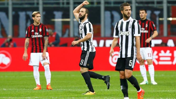 El Pipita hizo festejar a Juventus ante Milan