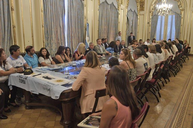 El Presidente mantuvo por primera vez un encuentro con los familiares de los tripulantes del submarino desparecido