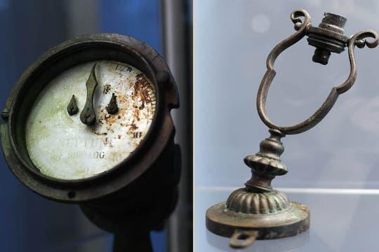 El velocímetro del trasatlántico y una lámpara Gimbal también se venden al mejor postor. Foto: AFP