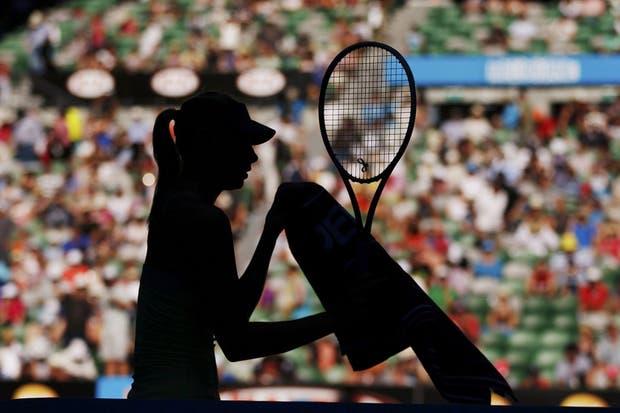 Sharapova, el centro de las miradas, ya está en semifinales.