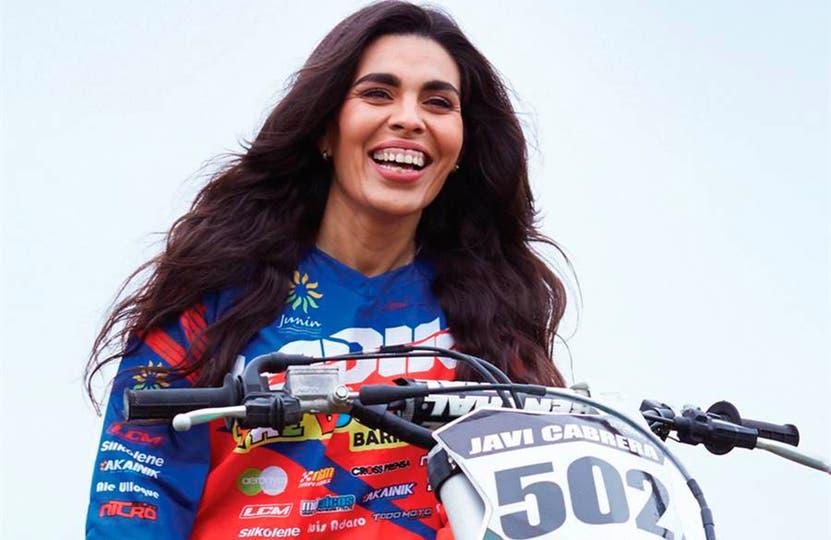 Dalila Hidalgo, además de competir, ayuda y empodera a mujeres para insertarse en el motocross