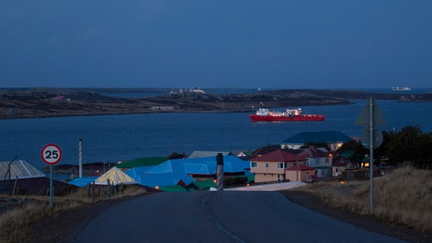 Vista del puerto durante el atardecer. Foto: Archivo / Rodrigo Néspolo / LA NACION