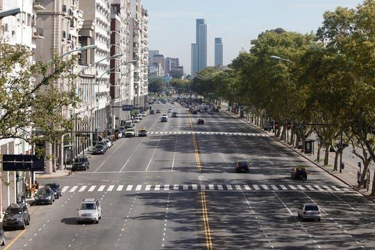 La avenida Figueroa Alcorta, casi sin autos. Foto: LA NACION / Maxie Amena