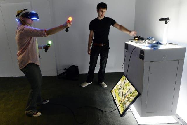 Sony también tendrá unos anteojos de realidad virtual, conocidos por ahora como Project Morpheus