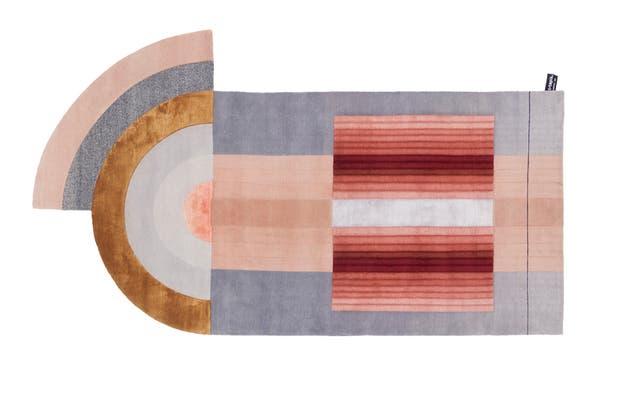 'Bliss' (felicidad, júbilo, dicha), nombre muy justo para la alfombra de Mae Engelgeer para cc-tapis, que nos capturó con su espíritu lúdico y efecto 3D.