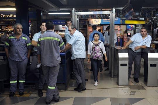 Los metrodelegados continúan el paro escalonado en todas las líneas de subte. Foto: Télam