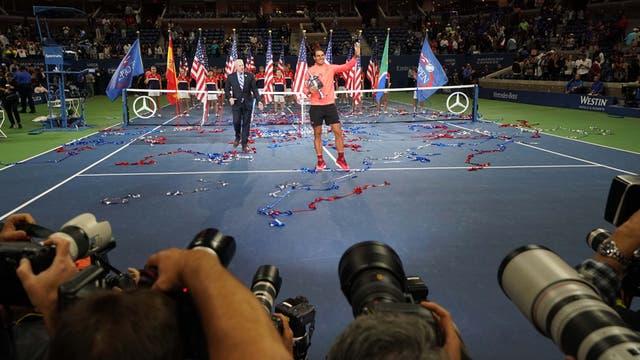 En imagenes, ceremonia, personajes, jugadas y los detalles del ultimo Grand Slam del año.