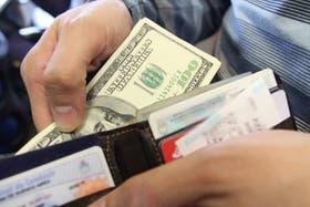 Argentina y la guerra con su deuda y el dólar