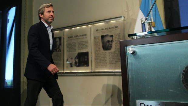 Rogelio frigerio no va a haber coronita para la capital for Foto del ministro del interior
