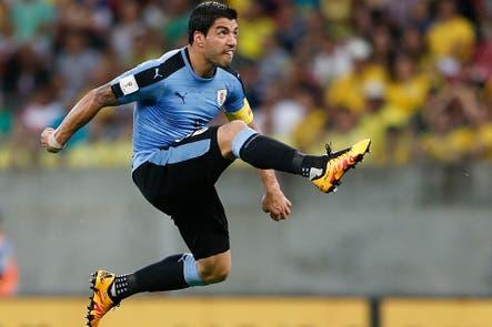 En un partidazo, Suárez le dio el empate definitivo a Uruguay frente a Brasil