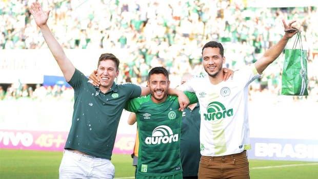 Chapecoense hace el milagro y regresa a Libertadores