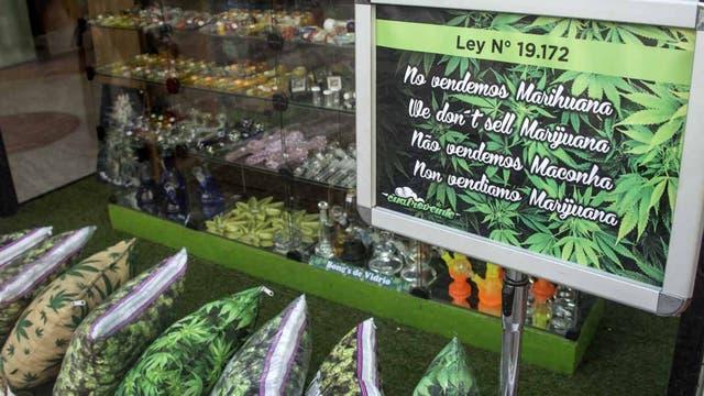 Una tienda con accesorios para cannabis el centro de Montevideo