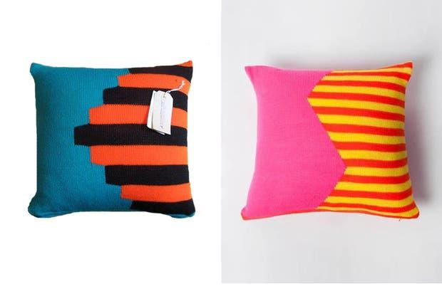 de estilo almohadones coloridos de lana y con diseos geomtricos de al borde llama textil