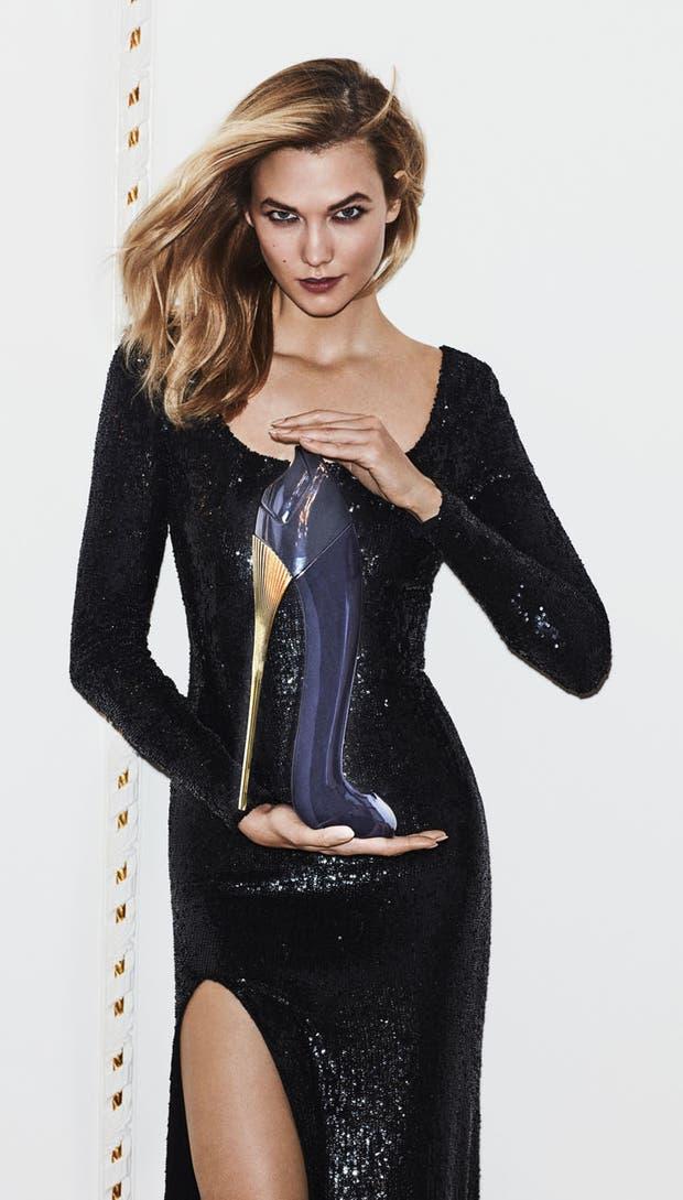 La modelo Karlie Kloss, imagen de la fragancia