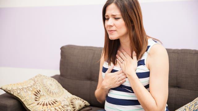 La acidez: ese ardor en el pecho que algunas veces se hace sentir en la garganta y en la boca del estómago