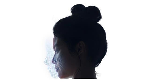 Face ID crea un mapa 3D del rostro del usuario del iPhone X; es más preciso y seguro que la huella dactilar, según Apple