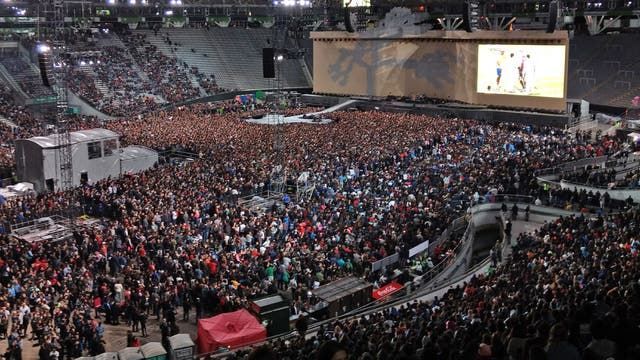 El Estadio Único de La Plata repleto durante el showde U2 y Noel Gallagher