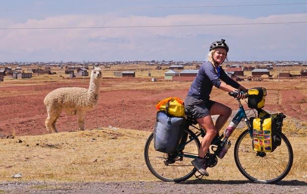 Spínola tardó más de tres años para dar la vuelta al mundo en bici