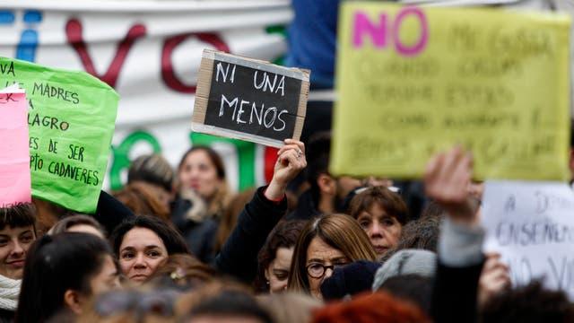 """El proyecto incorpora la """"violencia contra las mujeres en el espacio público"""""""