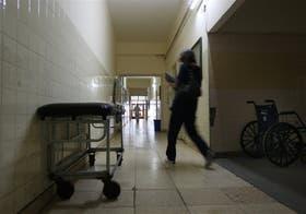 En las salas de cuidados intensivos los pacientes corren mayor riesgo de contraer una infección