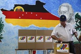 Las elecciones comenzaron sin incidentes en Caracas
