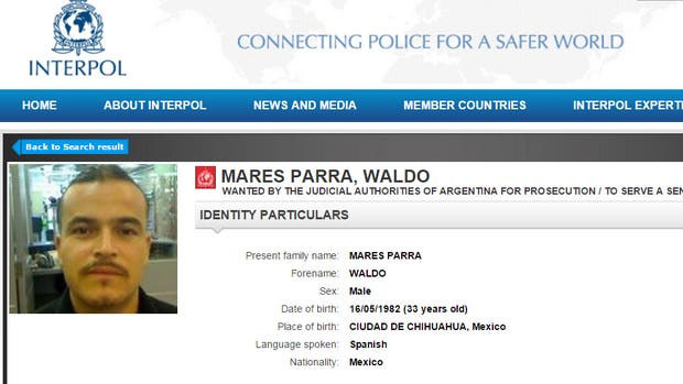 Waldo Mares Parra es buscado por el crimen de una maestra