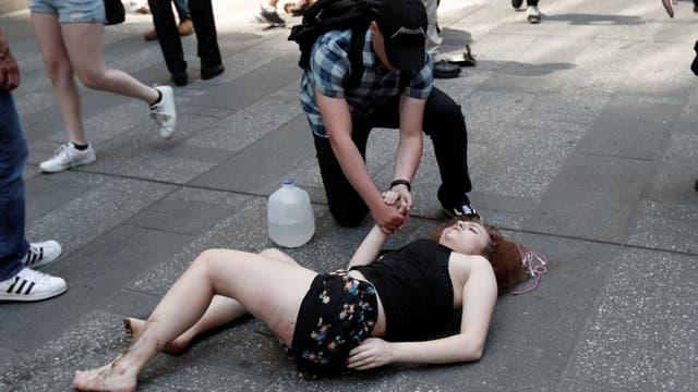 Un auto atropelló a varias personas en Times Square. Foto: Reuters