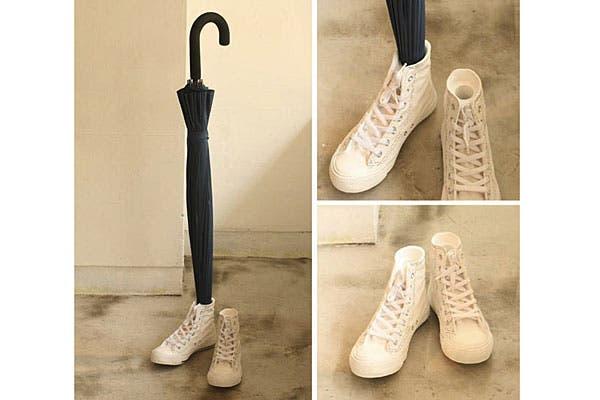 ¿Y este modelo de zapatillas? No es para usar, sino para guardar paraguas. Un detalle para la casa. Foto: Nopuedocreer.com