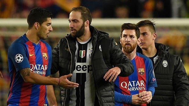 Higuaín y Messi, tras el partido