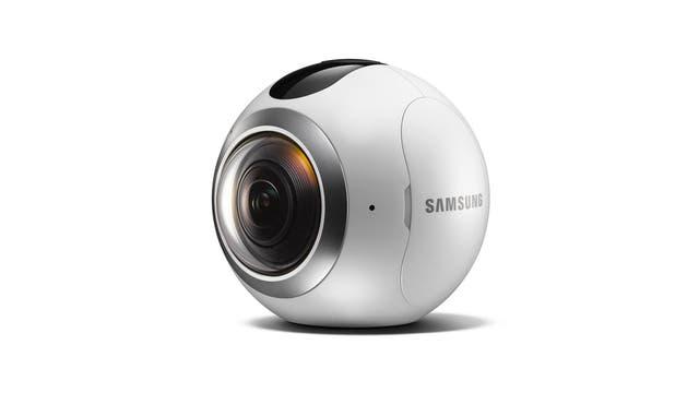 Gear 360, la cámara que Samsung que permite registar contenidos en 360 grados