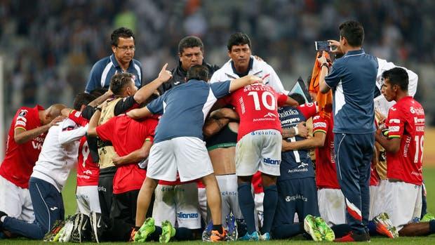 Jorge Wilstermann eliminó a Atlético Mineiro y será el próximo rival de River en cuartos de final de la Copa Libertadores