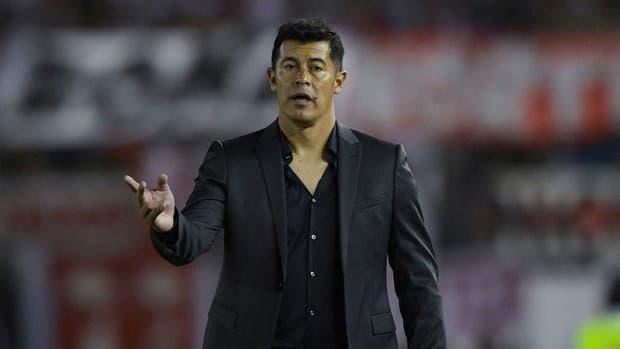Almirón reconoció que su equipo no fue el de siempre