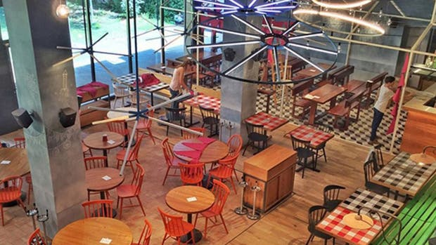 Frionel quesi inagur su restaurante info en taringa - Restaurante 7 puertas barcelona ...