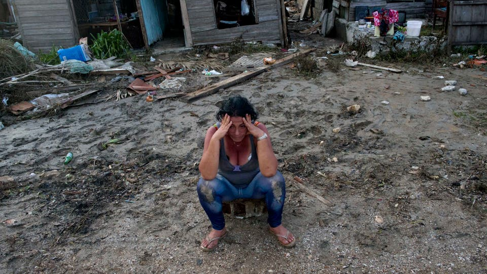 El huracán Irma baja a categoría 4