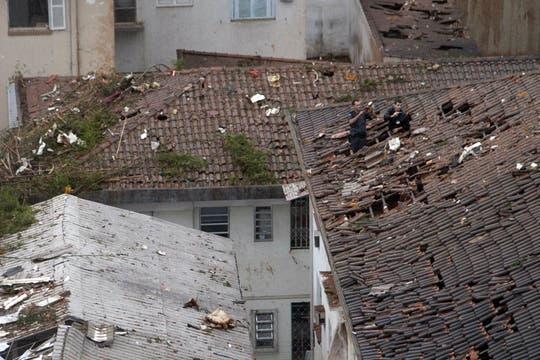 VIsta del área residencial Na Rua Vahia de Abreu, en Santos, donde se estrelló el avión del candidato a presidente de Brasil Eduardo Campos.