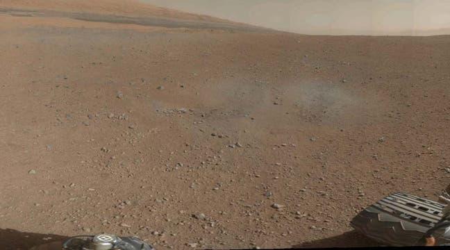 Primera imagen a color en alta resolución enviada por Curiosity. Foto: EFE