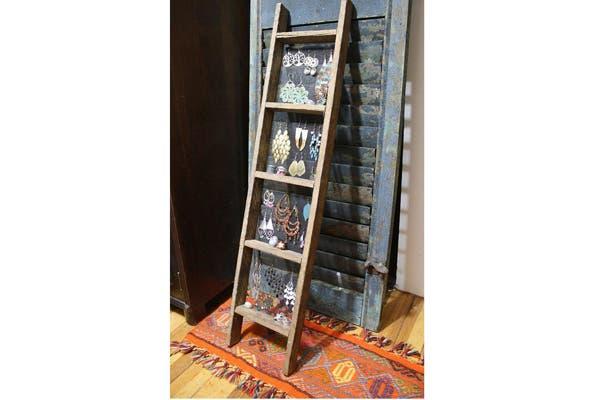 Si tenés alguna escalera que no uses, podés aplicarle un pedazo de tela metálica y ¡listo! ¿Qué opinas de esta alternativa?. Foto: Vía Visit topdreamer.com
