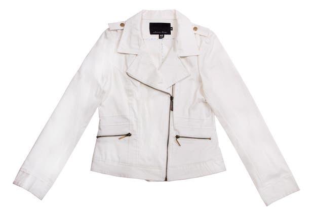 Blanca inmaculada (Estancias Chiripá, $1089).