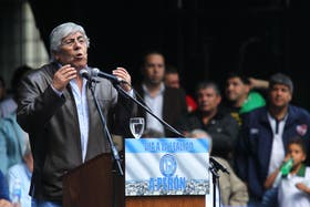 Hugo Moyano realizará un paro nacional de camioneros el lunes próximo