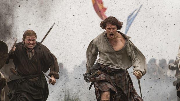 Jamie (Sam Heughan) en plena batalla