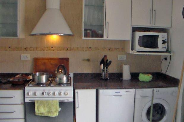 Caso 299: ¿cómo decorarías esta cocina con comedor diario ...