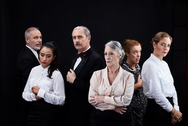 Los intérpretes de Los sirvientes: Luciana Bava, Marcelo Bucossi, Laura Montes de Oca, Soledad Rodríguez, Élida Schinocca y Fito Yannelli