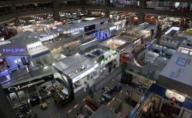 El interior de la expo de Taipei, la segunda mayor del mundo tecno