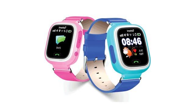 Instto con sus dos versiones de reloj conectado, en rosa y celeste