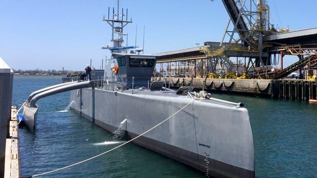 El Sea Hunter es un barco experimental de funcionamiento autónomo del Pentágono; aunque llevará tripulación, servirá para comprobar cuánto puede navegar por sí solo