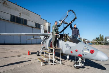La venta incluía entrenamiento y mantenimiento de los aviones