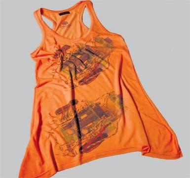 Musculosa suelta con estampa (Paola Cohen, $ 80).