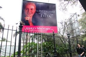 El polémico cartel con la imagen de Evita