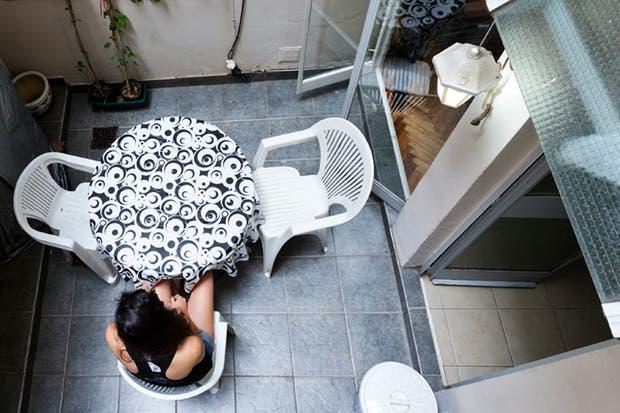 Dolores Moreno, una vecina que relata su padecimiento por vivir en una planta baja